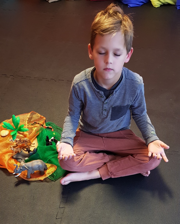 Meditation, Entspannung, Kinder-Yoga, Kinderyoga, Yoga mit Kindern